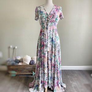 Dresses & Skirts - Beautiful Spring Short Sleeve Floral Maxi Dress